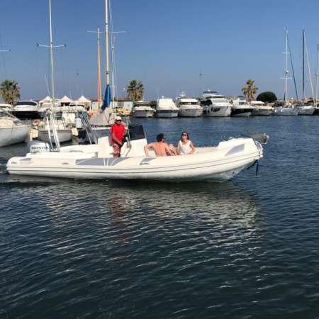 Pезиновая лодка